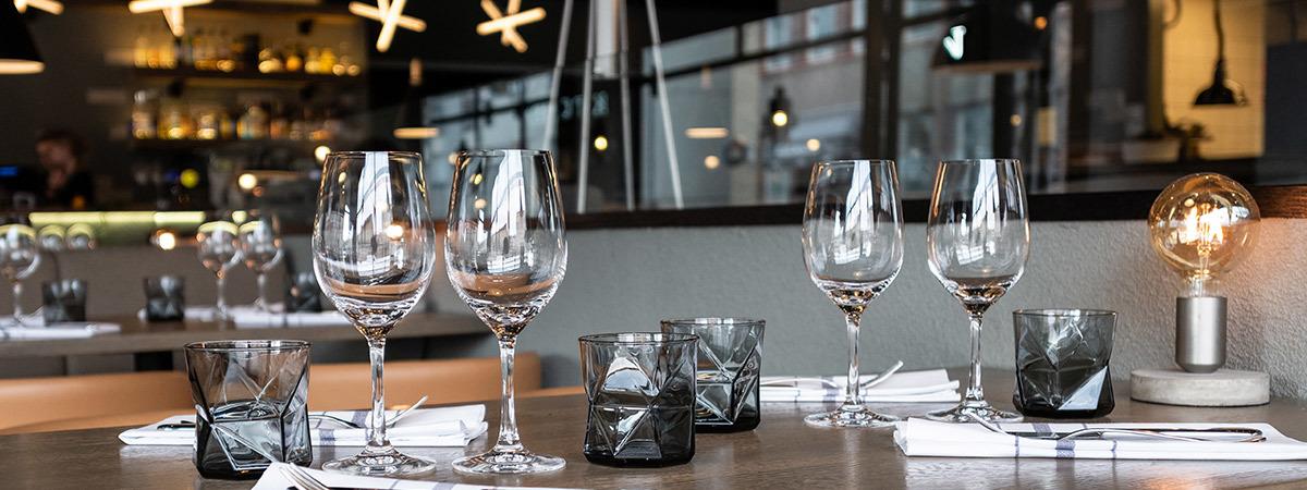 Kokoukset ja juhlat - Kolme Kiveä Ravintolat